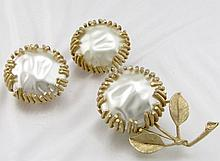 Sarah Conventry Baroque Pearl Brooch Earring Set