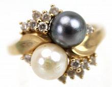 Vintage Black & White Pearl & Diamond 14kt Ring