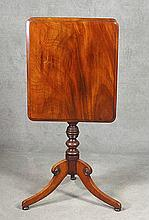 19th c. English Mahogany Regency Tilt Top Table