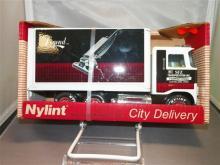 Toy-Nylint Truck