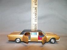 Toy-Corgi Lincoln