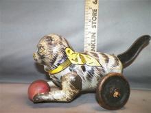 Toy-Marx Cat