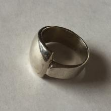 Vintage sterling silver ring, size 9.5