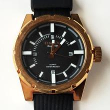 Pink gold plated round men's watch OMAX since 1946 Quartz water resist with rubber band and black dial