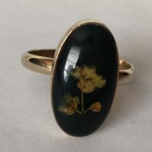 Gold plated hand made in Holland top from real flowers ring, size adjustable