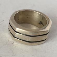 Vintage sterling silver ring, size 6 1/4
