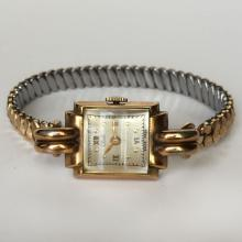 Vintage ladies CLUB square gold plated watch with stretchable bracelet