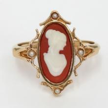 Gold plated oval CAMEO adjustable ring, signed AVON. Size 7.5 - 9