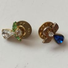 Lot of 2 vintage ANGEL shape pins with rhinestones