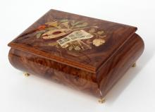 Wooden lacquered Music box with embellishment picture on top