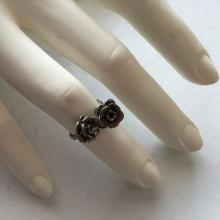 Vintage silver tone TWO ROSES shape ring, size 7 1/4