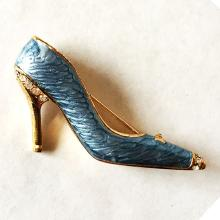 High hill shoe shape gold plated enameled with rhinestones brooch / pin, no hallmarks