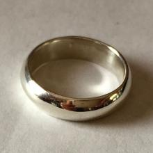 Sterling silver wedding band ring, size 6