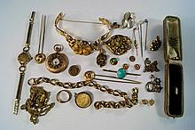 A miscellaneous collection of jewellery to include