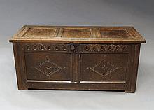 A rectangular oak chest, late 17th/early 18th cent