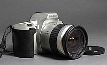 Minolta Dynax 404 Si avec zoom 28/80
