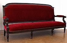 Canapé trois places Napoléon III, montant en acajo