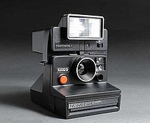 2 Polaroid Land Camera :  1) Polaroid  250 automat