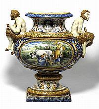 Jardinière de table en faïence polychrome, style italo-nivernais, début 18e siècle (restaurations)