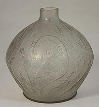 René LALIQUE (1860-1945) : Vase