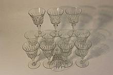 BACCARAT : Douze verres à vin en cristal modèle P