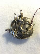 Sterling siliver ship form pendant