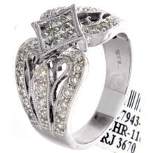 Genuine 18K White Gold 0.89ctw Diamond Ring