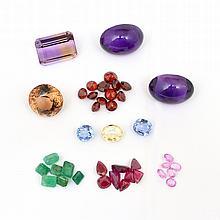 Lot: Fine Loose Gemstones