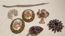 Lot of 6 vintage costume brooches & 1 bracelet