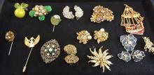 Lot of vintage costume jewelry signed & unsigned
