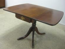 DUNCAN PHYFE MAHOGANY DROP LEAF DINING TABLE