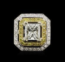 EGL INT 7.80 ctw Diamond Ring - 18KT Two-Tone Gold