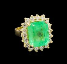 GIA Cert 9.39ct Emerald and Diamond Ring - 14KT Yellow Gold