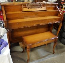 1960 Shoninger Piano with Bench