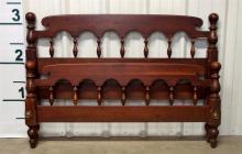 Antique Mahogany Bed, Full