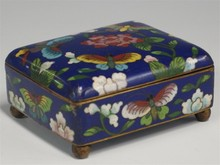 CLOISONNE FOOTED BOX