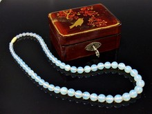 1914 IMPERIAL ICE BLUE JADE NECKLACE IN LACQUER BOX