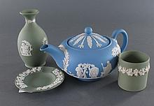 Wedgwood Jasperware, 4 pieces