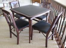 Stackmore Table w/4 Chairs