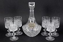 A SHERRY DECANTER WITH 6 GLASSES