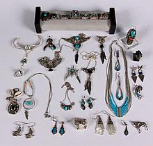 A LOT OF AMERICAN SILVER JEWELRY