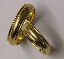 2x 18CT GOLD WEDDING RINGS