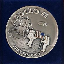 .999 SILVER MEDALLION APOLLO 11 JULY 20, 1969 MOON LANDING, 6.7 TROY OZ
