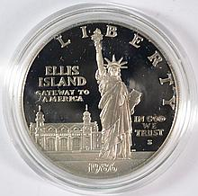 ( 2 ) 1986 STATUE OF LIBERTY PROOF COMMEM SILVER DOLLARS ORIG BOXES/COA