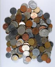 5 POUNDS OF FOREIGN COINS  ( BETTER MIX )