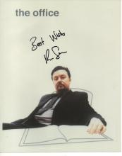 RICKY GERVAIS SIGNED 'THE OFFICE' PHOTO.