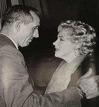 MARILYN MONROE AND JOE DIMAGGIO PHOTO.