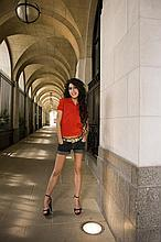 HARRY BENSON SIGNED: AMY WINEHOUSE AT THE SAVOY HOTEL LONDON 2007.