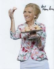 MARY BERRY SIGNED PHOTO.