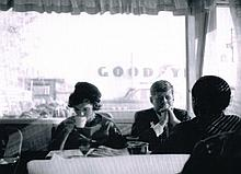 JOHN F KENNEDY AND JACKIE KENNEDY IN A CAFE IN OREGON PRINT.